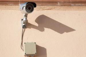 surveillance-camera-573532_1920